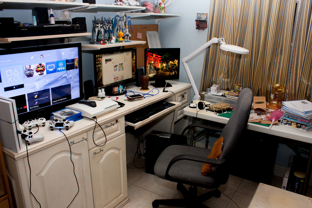 Desk Space 013116